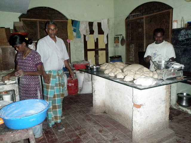ganesh-bakery-4_resize