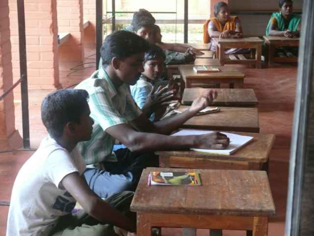 ilaignarkal-education-centre-05